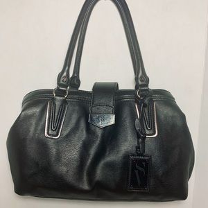 Vera wang shoulder bag, black